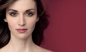 maquillaje y piel sensible consejos rutinas