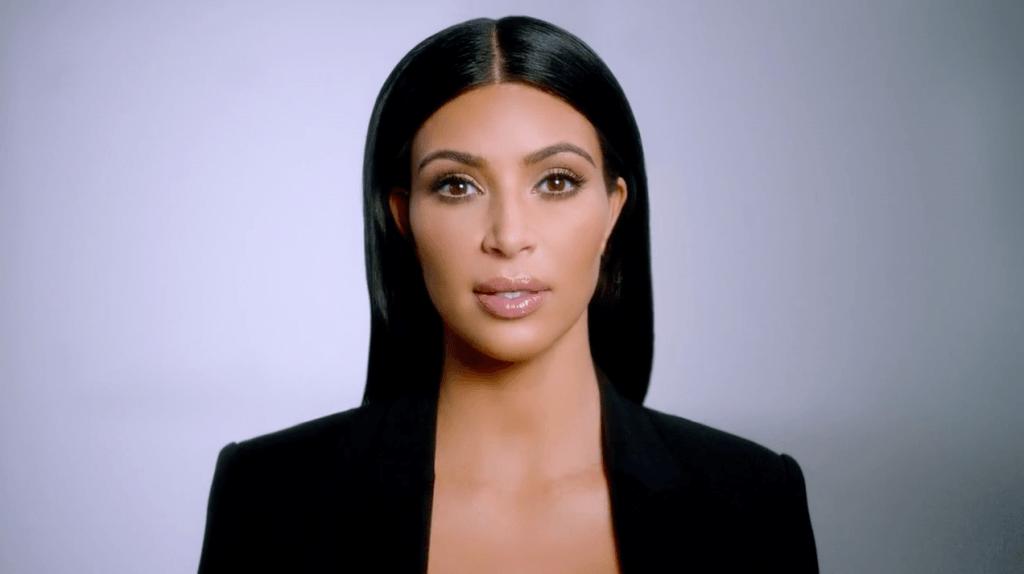 El ex de Kim Kardashian subasta el anillo de compromiso